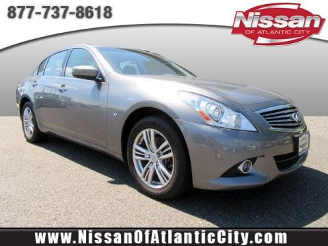 Pre-Owned 2015 INFINITI Q40 4DR SDN AWD AWD